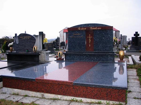 Exkluzivní hroby - 2
