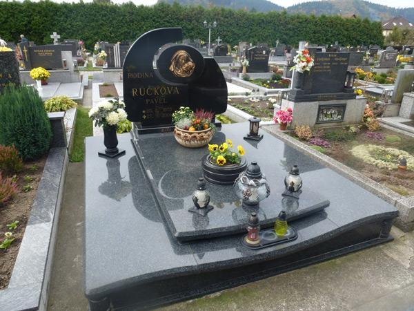 Exkluzivní hroby - 3