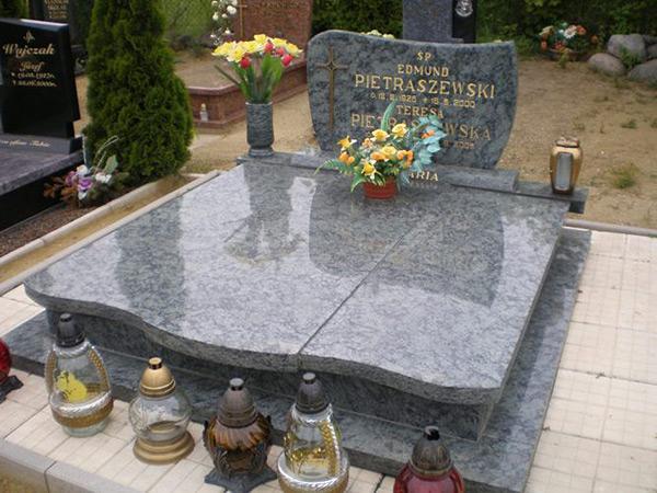 Exkluzivní hroby - 8