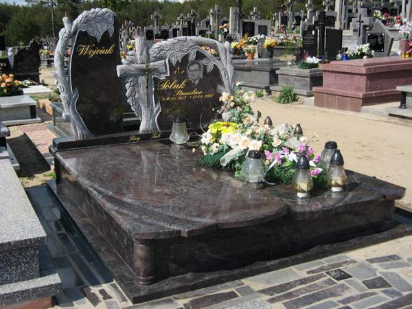 Exkluzivní hroby - 13