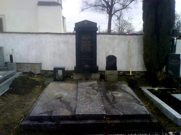 Renovace hrobů - 6