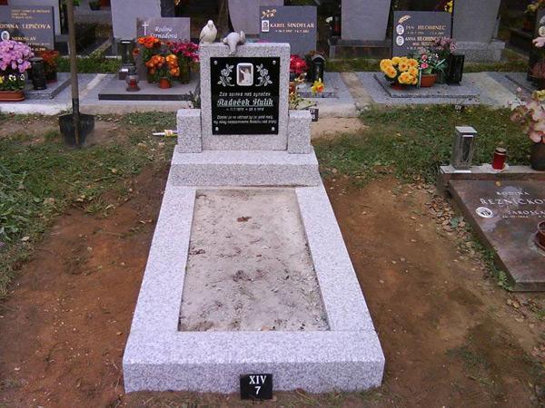 Renovace hrobů - 9
