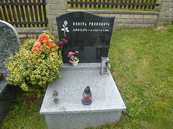 Urnové pomníky - 13