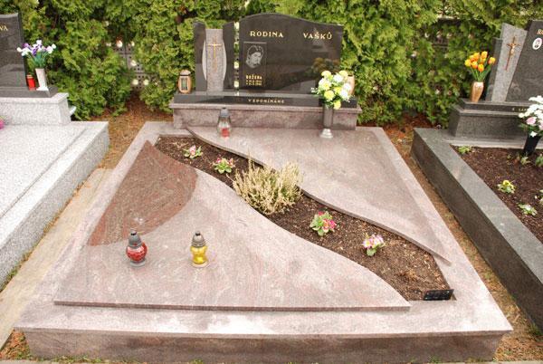 Zakrytí hrobů - 18