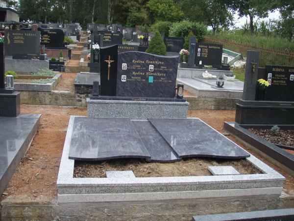 Zakrytí hrobů - 23